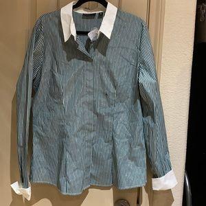 7Avenue design blouse.